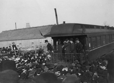 Sir Wilfrid Laurier speaking from the platform of a railway observation car during the federal election campaign of 1904. Laurier went on to beat Robert Borden's Conservatives and was re-elected for a third time as Prime Minister.