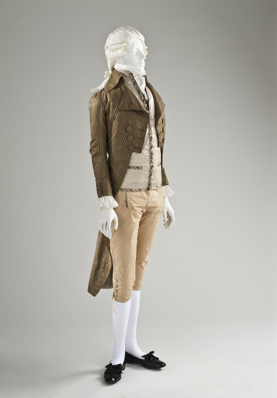 Man's Tailcoat (c. 1790).jpg