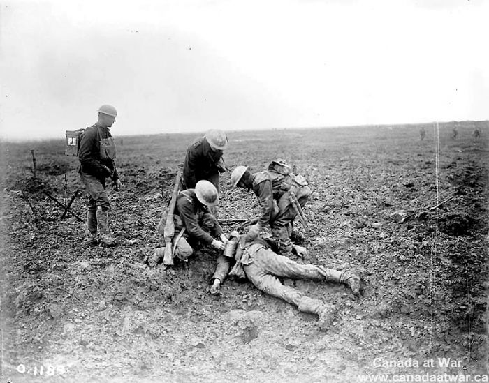 an overview of the 1917 battle of vimy ridge The battle of vimy ridge battle of vimy ridge summary the battle of vimy ridge was a battle strictly between the canadians and the germans the germans had taken the 8km long hill near the french village of vimy.